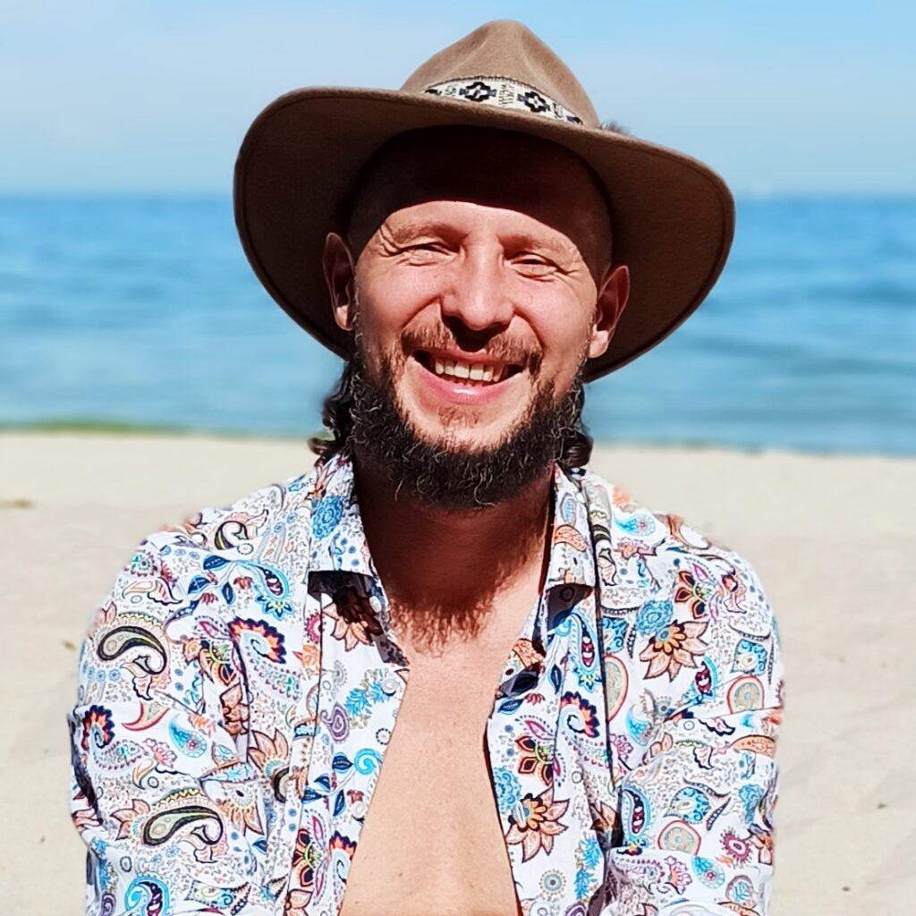 Krzysztof Lottig-Soundlove Medicine-medycynawibracyja-relaks-muzykoterapia-chill